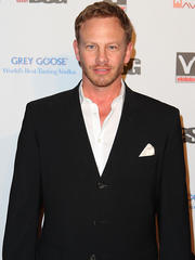 red carpet confidential: ian ziering shapes up to strip down for chippendales